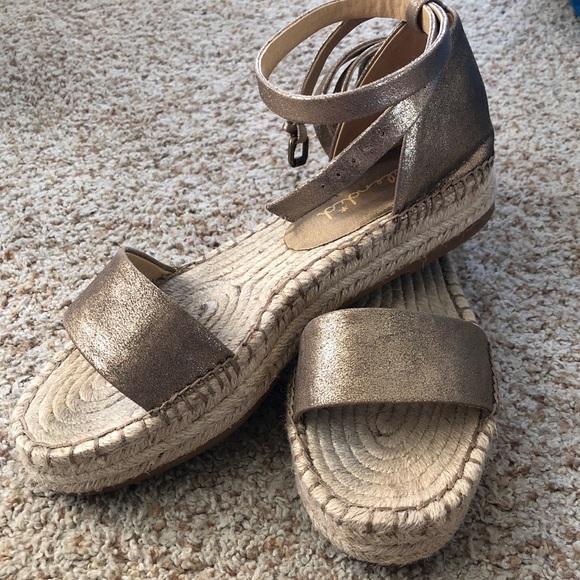 108d94e8eec Splendid Sparkly Platform Espadrille sandals. M 5a3d9ef02c705d98bb0327fc